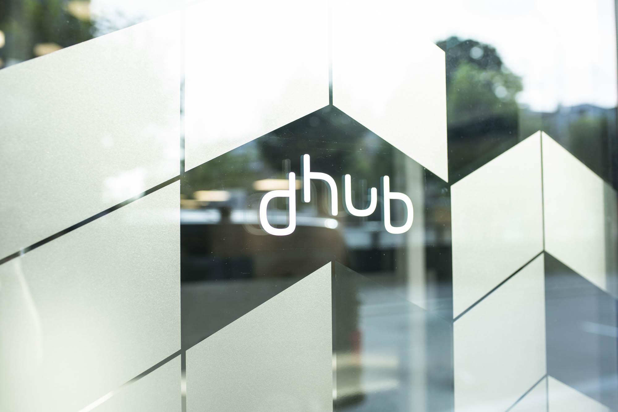 affair har utformet logo, grafisk profil og dekor til dhub i sandefjord
